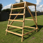 Hunting ladder - platform construction